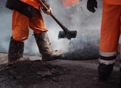 В Вологде начался ямочный ремонт дорог