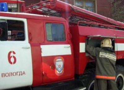 30 пожарных ликвидировали возгорание на ул. Карла Маркса