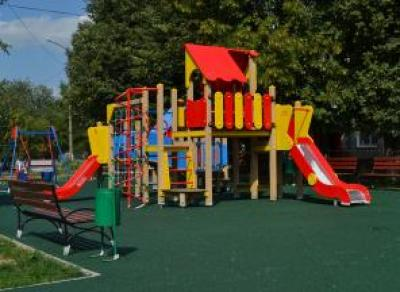 Летом для детей в Вологде будет работать 90 игровых площадок