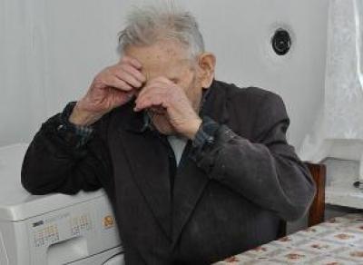 В Вологодской области мошенник обманул пенсионера на 245 тысяч рублей