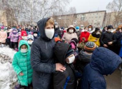 Экстренная эвакуация детей в школе Вологды