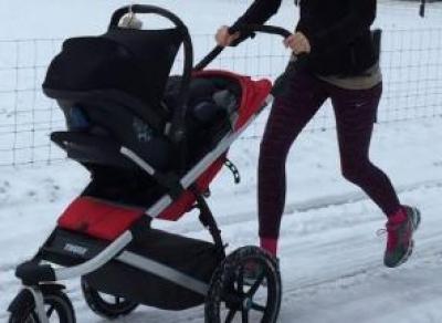 Молодая мать украла коляску