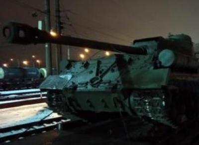 В Череповец въехали танки