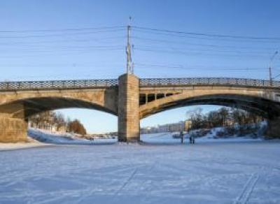 6,5 млн. руб. выделено на Октябрьский мост