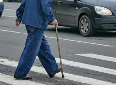 В Вологде водитель сбил пенсионера и скрылся