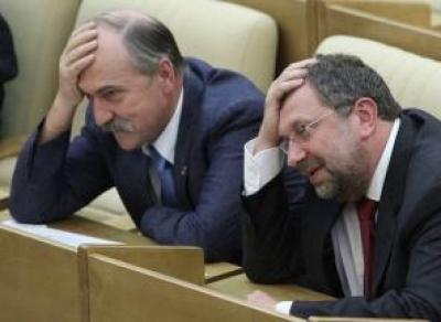 Чиновников заставят учить русский язык