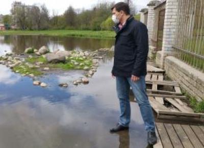 Мэр Вологды прошёлся по воде