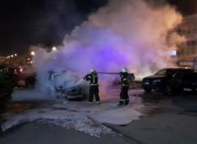 В Вологде ночью сгорел Лексус