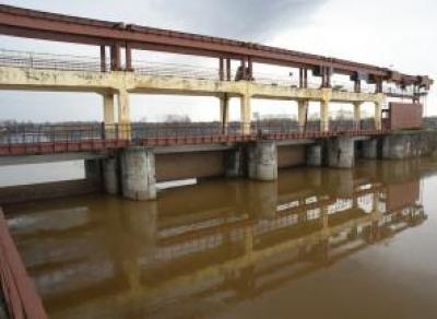 Выделены средства на следующие этапы ремонта водоподачи из Кубенского озера