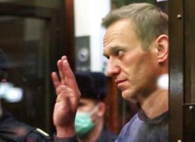 Алексея Навального приговорили к колонии