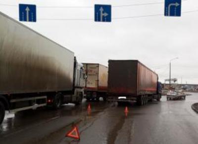 В Вологде в учебную машину врезался большегруз