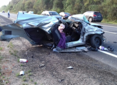 В ДТП под Вологдой автомобиль разорвало на части