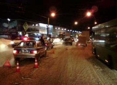 ДТП на Окружном шоссе: три человека пострадали