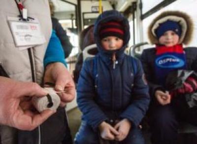 Принят закон, запрещающий высаживать детей из автобусов