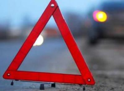 Под Череповцом легковушка сбила женщину, которая бежала за автобусом