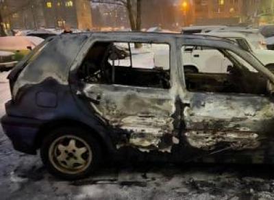 На ул. Ленинградской сгорел «Фольксваген»