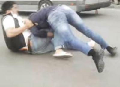 Мужчины подрались на дороге в Вологде