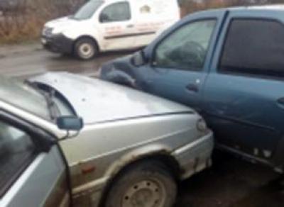 Пассажирка «ВАЗа» сломала ребра в результате ДТП в Череповце