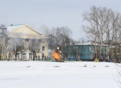 Дымовая завеса на Масленице в Вологде