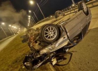 Машина перевернулась на Белозерском шоссе