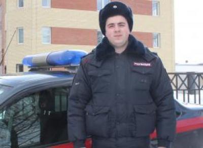 Росгвардеец спас соседей от пожара