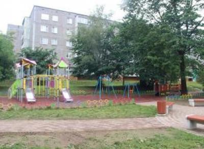 В Череповце открыли «народную» детскую площадку