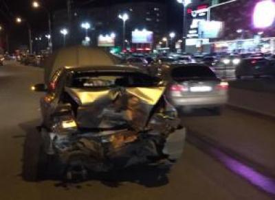 В Вологде пьяный водитель устроил тройное ДТП