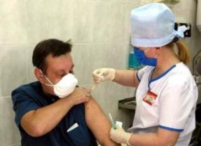 В области начали массовую вакцинацию от COVID
