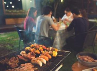 Культура барбекю-вечеринок