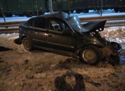 В Вологде автомобиль врезался в автобус: водитель погиб