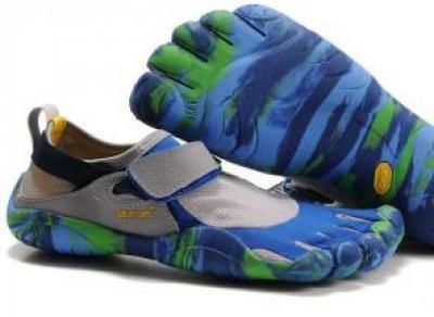 Как найти «те самые кроссовки», которые не захочется снимать?