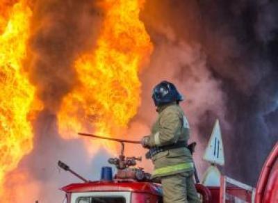 Пожарные спасли вологжанина из вспыхнувшего жилого дома