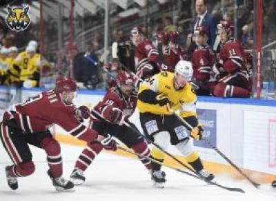 Череповецкие хоккеисты вновь одолели рижское «Динамо»