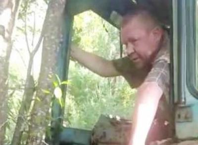 Пьяного тракториста ловили со стрельбой