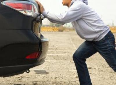 В Вологодском районе подростки угнали машину самым нелепым способом