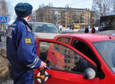 В Череповце «Lada Kalina» протаранила иномарку