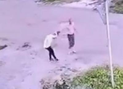 Пьяный устюжанин напал на девочку (видео)