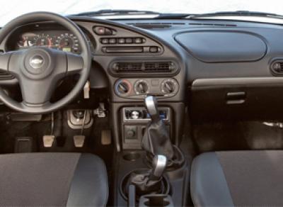 Фотография интерьера нового внедорожника Chevrolet NIVA появилась в Сети