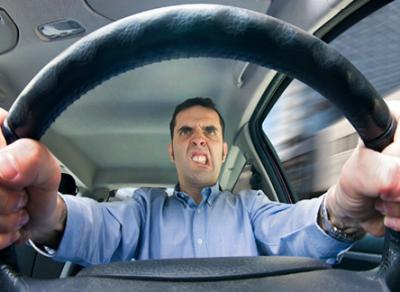 Ужесточить правила эксплуатации автомобилей предлагает МВД России