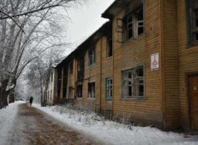 В 6 мкр. Вологды сносят аварийные нежилые дома