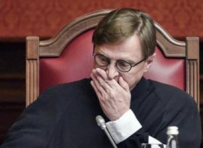 От вологжанина требуют миллиард рублей