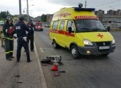 Мотоциклист получил серьезные травмы в ДТП