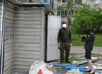 Ларьки с выпечкой, стройматериалами и одеждой сносят в Вологде