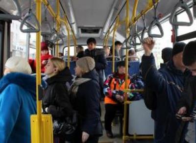На четырех маршрутах общественного транспорта Вологды установили громкоговорители