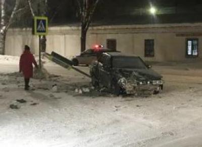 Водитель спровоцировал аварию с тремя пострадавшими