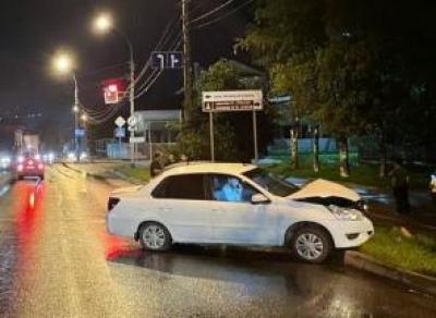Девушка серьёзно пострадала в ДТП на пр. Победы