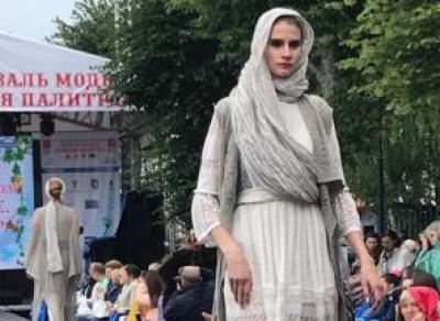 Гран-при фестиваля «Льняная палитра» завоевала коллекция трикотажа из Вологды
