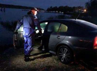 Пьяная череповчанка утопила машину