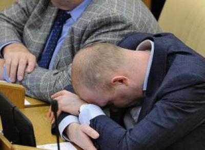Некоторые депутаты годами отмалчиваются на заседаниях