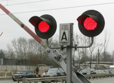 Сегодня ночью водители не смогут проехать через ж/д переезд на проспекте Победы